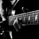 """""""Mổ xẻ"""" những điều thú vị khi học Guitar ít ai biết"""