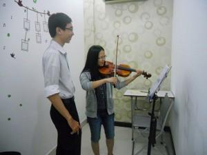 vượt qua khó khăn học violin2