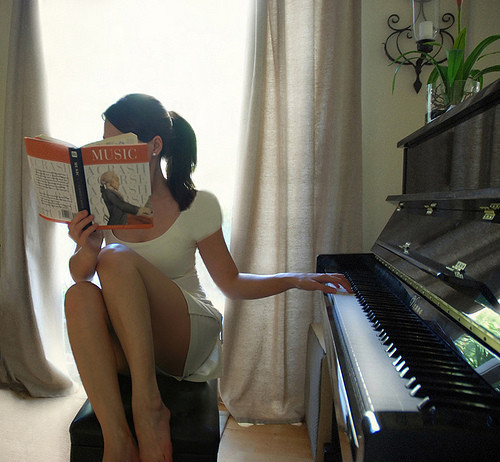 20 tuoi hoc dan piano duoc khong