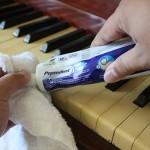 Hướng dẫn vệ sinh phím đàn piano