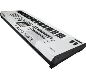 Dan-piano-motif-xf7-wh
