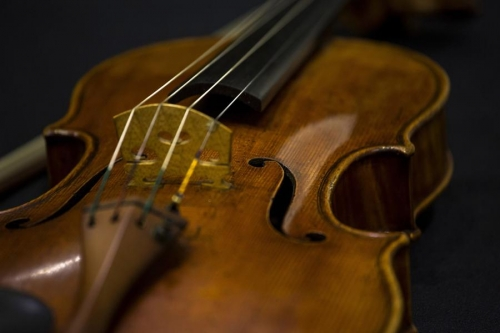 Cây vĩ cầm Stradivarius
