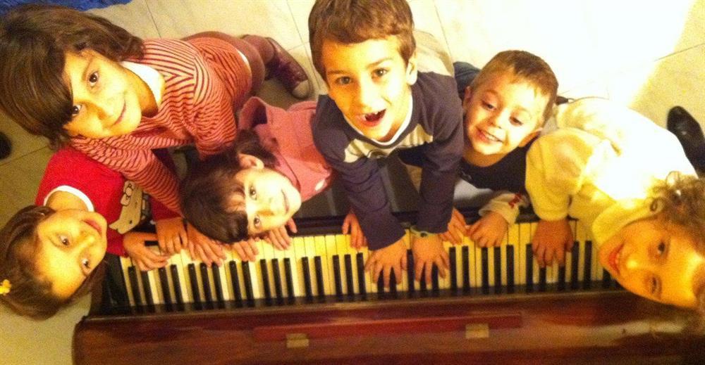 Lớp học piano